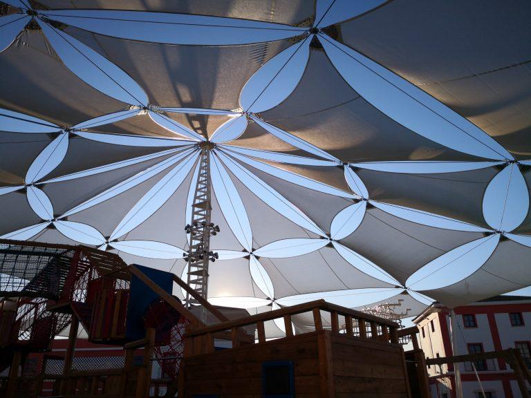 Proyecto de estructuras tensadas. CC Plaza Mayor. Málaga
